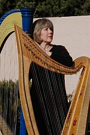 Donese Mayfield: folk harp